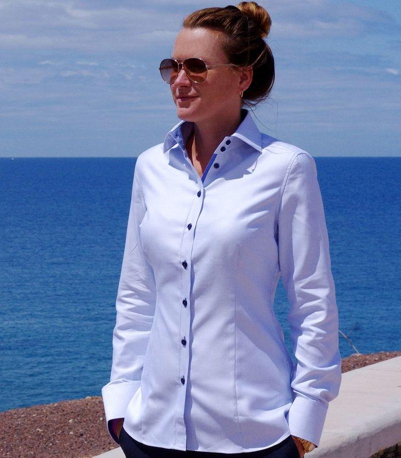 women's dress shirt details
